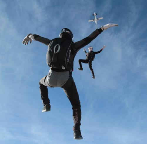 free-fly-money-meet-competitors-skydive-arizona